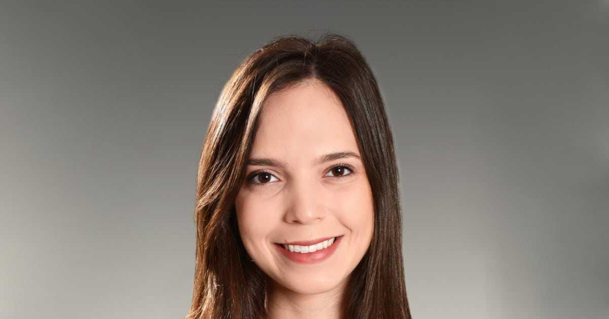Featured Isabela Almeida de Medeiros